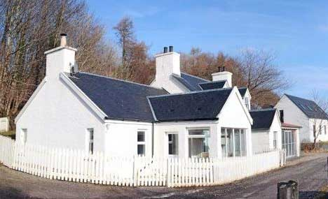 Riverside Cottage, Aros Bridge